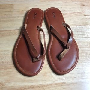EUC Curfew sandals